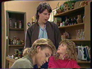 Warren Murphy, Scott Robinson, Charlene Mitchell in Neighbours Episode 0365