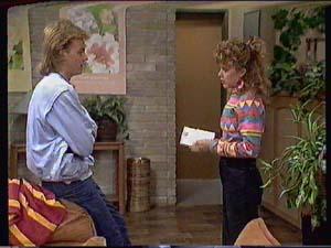 Scott Robinson, Charlene Mitchell in Neighbours Episode 0367