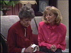Nell Mangel, Jane Harris in Neighbours Episode 0398