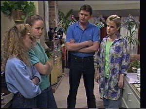 Des Clarke, Daphne Clarke, Kelly Morgan, Charlene Mitchell in Neighbours Episode 0398