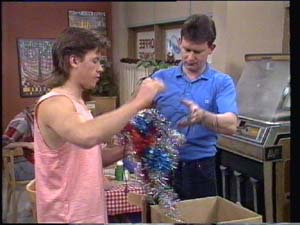 Des Clarke, Mike Young in Neighbours Episode 0398