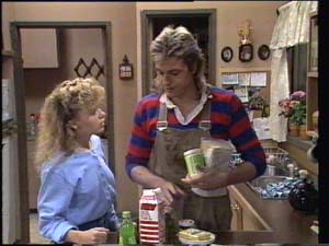 Charlene Mitchell, Shane Ramsay in Neighbours Episode 0398