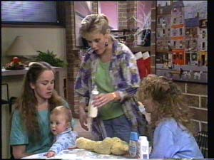 Kelly Morgan, Sam Cole, Daphne Clarke, Charlene Mitchell in Neighbours Episode 0398
