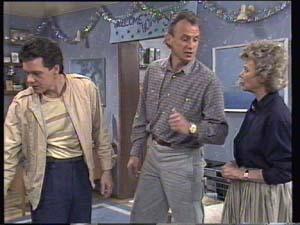 Paul Robinson, Jim Robinson, Helen Daniels in Neighbours Episode 0400