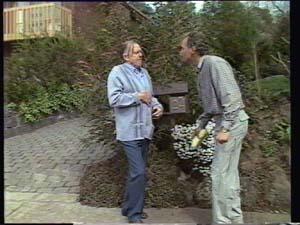 Dan Ramsay, Jim Robinson in Neighbours Episode 0400