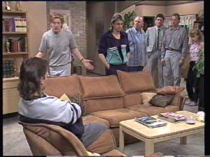 Mike Young, Clive Gibbons, Shane Ramsay, Dan Ramsay, Des Clarke, Jim Robinson, Charlene Mitchell in Neighbours Episode 0400