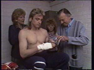 Madge Mitchell, Shane Ramsay, Charlene Mitchell, Dan Ramsay in Neighbours Episode 0400