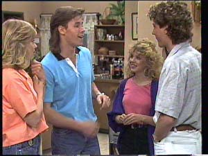 Jane Harris, Mike Young, Charlene Mitchell, David Turner in Neighbours Episode 0401