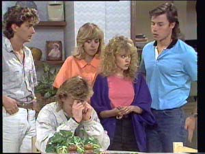 Scott Robinson, Jane Harris, Charlene Mitchell, Mike Young in Neighbours Episode 0401