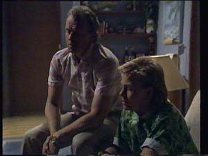 Jim Robinson, Scott Robinson in Neighbours Episode 0403