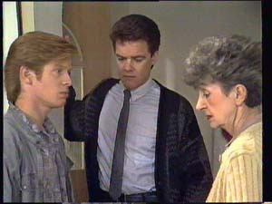 Clive Gibbons, Paul Robinson, Nell Mangel in Neighbours Episode 0403