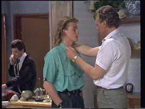 Paul Robinson, Scott Robinson, Jim Robinson in Neighbours Episode 0403