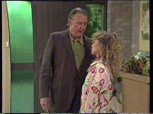Dan Ramsay, Charlene Mitchell in Neighbours Episode 0404