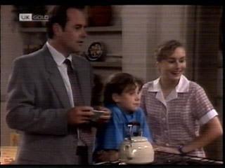 Philip Martin, Hannah Martin, Debbie Martin in Neighbours Episode 2099