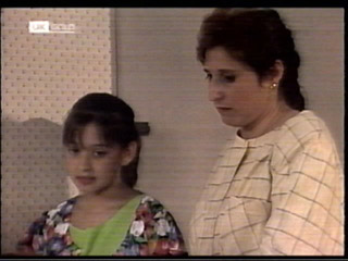 Miranda Starvaggi, Mrs Starvaggi in Neighbours Episode 2099