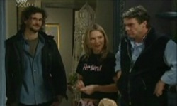 Mitch Foster, Steph Scully, Joe Scully in Neighbours Episode 3913