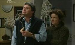 Joe Scully, Lyn Scully in Neighbours Episode 3913