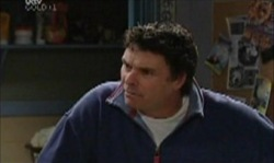 Joe Scully in Neighbours Episode 3918