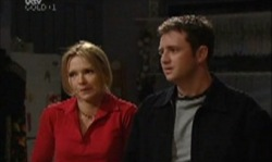 Steph Scully, Larry Woodhouse (Woody) in Neighbours Episode 3920