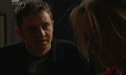 Larry Woodhouse (Woody), Steph Scully in Neighbours Episode 3921