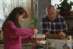 Susan Kennedy, Harold Bishop in Neighbours Episode 3923