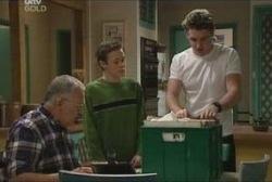 Harold Bishop, Leo Hancock, Tad Reeves in Neighbours Episode 3923
