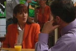 Karl Kennedy, Susan Kennedy in Neighbours Episode 3929