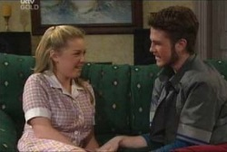 Michelle Scully, Zac Shaw in Neighbours Episode 3929