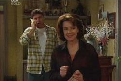 Joe Scully, Lyn Scully in Neighbours Episode 3934