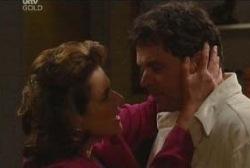 Lyn Scully, Joe Scully in Neighbours Episode 3935