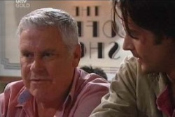 Lou Carpenter, Drew Kirk in Neighbours Episode 3935