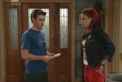 Tad Reeves, Elly Conway in Neighbours Episode 3936