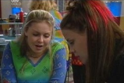 Elly Conway, Michelle Scully in Neighbours Episode 3936