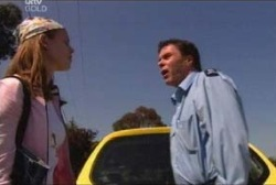 Elly Conway, Joe Scully in Neighbours Episode 3937