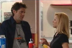 Evan Hancock, Dee Bliss in Neighbours Episode 3945