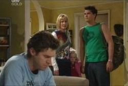 Evan Hancock, Maggie Hancock, Emily Hancock, Matt Hancock in Neighbours Episode 3946