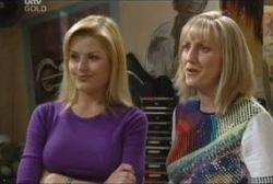 Dee Bliss, Maggie Hancock in Neighbours Episode 3946