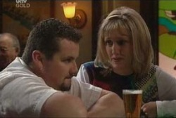 Maggie Hancock, Toadie Rebecchi in Neighbours Episode 3946