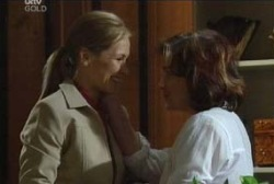 Steph Scully, Lyn Scully in Neighbours Episode 3952
