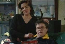 Lyn Scully, Joe Scully in Neighbours Episode 3953