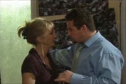Toadie Rebecchi, Maggie Hancock in Neighbours Episode 3954