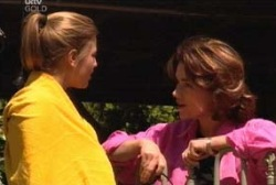 Lyn Scully, Felicity Scully in Neighbours Episode 3956
