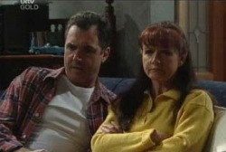 Karl Kennedy, Susan Kennedy in Neighbours Episode 3956