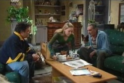 Joe Scully, Michelle Scully, Pat Scully in Neighbours Episode 3958