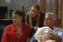 Elly Conway, Michelle Scully, Ben Kirk, Lou Carpenter in Neighbours Episode 3958