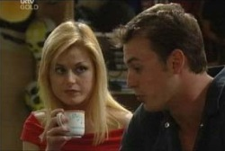 Dee Bliss, Stuart Parker in Neighbours Episode 3960