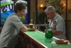 Darcy Tyler, Lou Carpenter in Neighbours Episode 3960