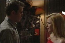Stuart Parker, Dee Bliss in Neighbours Episode 3961