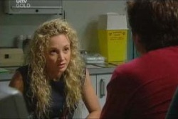 Terri Hall, Darcy Tyler in Neighbours Episode 3961