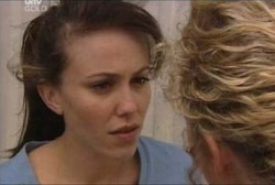 Libby Kennedy in Neighbours Episode 3961